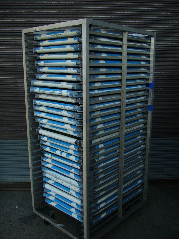 we have 121 25x36 m3 newman roller frames sale 4 screen frame racks for these